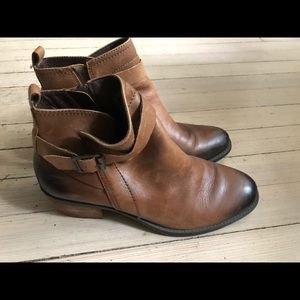 Vince Camuto Brown Leather Boots Booties Size 9